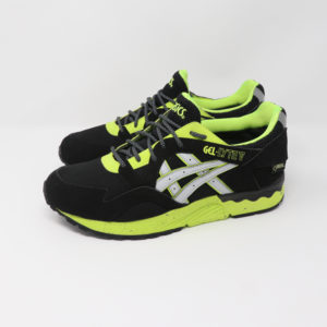 https://gent-street.co.uk/wp-content/uploads/2018/02/Asics-Gel-Lyte-V-Black-Neon-Goretex.jpg