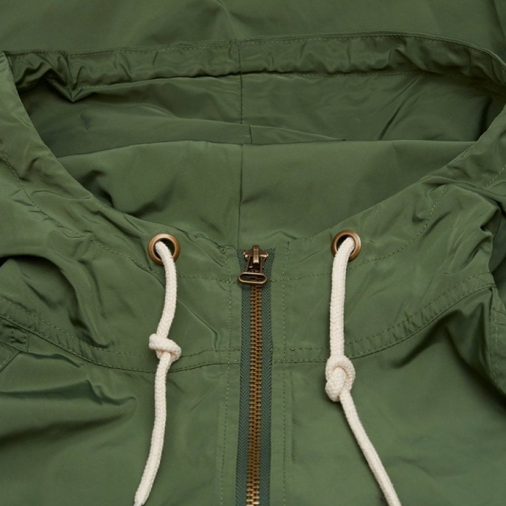 Champion-Reverse-Weave-Windbreaker-Olive-3